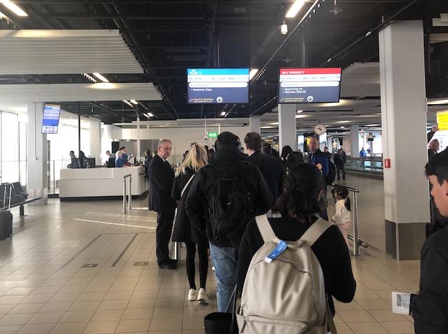 boarding_ams2