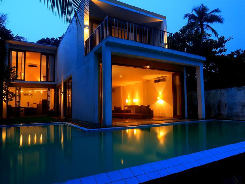 Peak Season holiday in Sri Lanka! 10-night B&B stay in 4