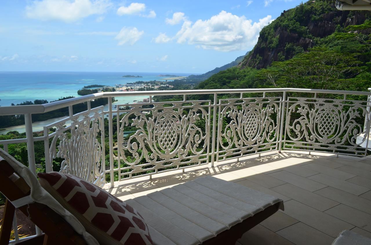 7-night stay in top-rated ocean view apartment in ...