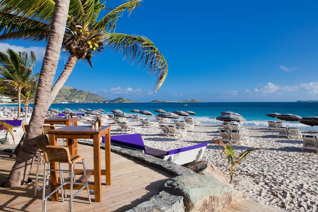 WOW! Holiday on St. Martin with 7-night stay in 4* resort ...