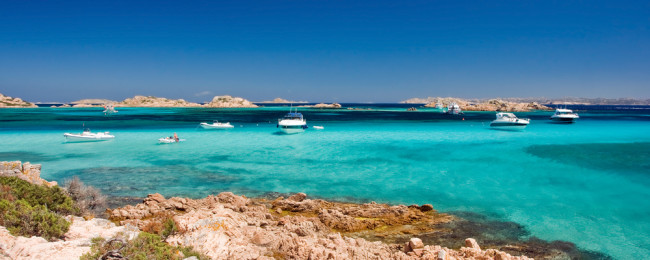 Bed+breakfast stay in superb 4* Excelsior Sardinia in May from €19.50/ person/ night!