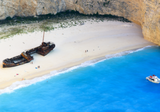 Peak summer! Full-service flights from Linz to Zakynthos for only €59!