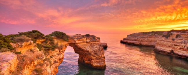 SUMMER: 5-night stay in well-rated aparthotel in Algarve + flights from Dusseldorf Weeze for just €139!