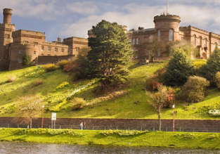 Cheap flights from Miami to Scottish Highlands for $470!
