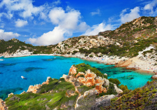 MAY! 7 nights at well-rated resort in Sardinia + cheap flights from Bratislava for just €103!