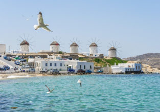 Cheap flights from Italy to Mykonos from only €24! Peak Summer from only €38!