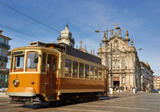 City break in Porto! 4-night stay at very central apartment + cheap flights from London for just £98!