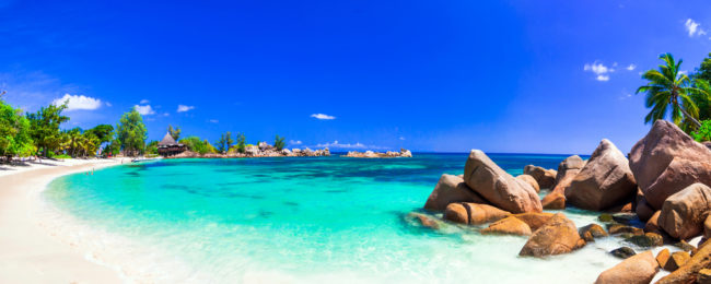 Cheap! London to exotic Praslin Island, Seychelles for only £369!