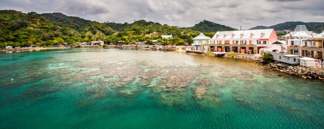 Brussels or Luxembourg to divers' paradise of Roatan from €363!