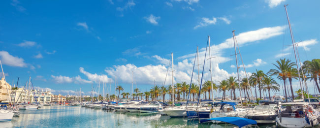 3-night stay in well-rated Aparthotel in Costa del Sol with breakfasts+ flights from London for just £103!