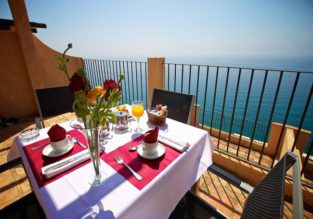 Hotel deal! 4* beachfront stay in Costa Blanca for only €19.5/night per person!