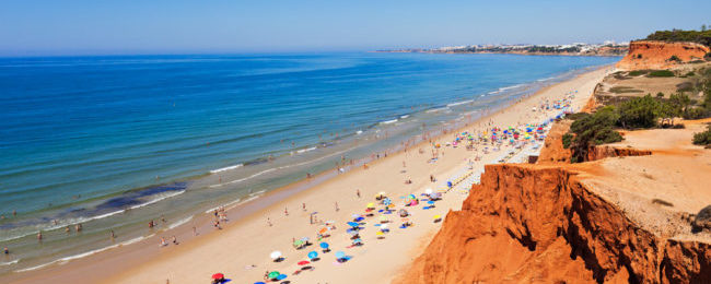 7 nights at well-rated aparthotel in Algarve + cheap flights from Cardiff for only £88!