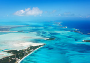 SUMMER: Chicago to Bahamas or Dominican Rep. from $249!