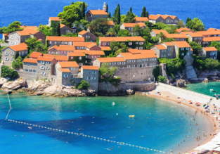 JUNE! 7-night stay at sea view apartment in Montenegro + flights from Milan for only €92!