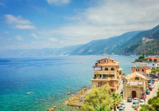 SPRING: 7-night B&B stay at beachfront hotel in south of Italy + cheap flights from Germany for just €148!