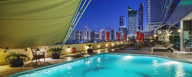Deluxe room at 5* luxury hotel in Abu Dhabi for only €37 (€18/ $22 per person!)