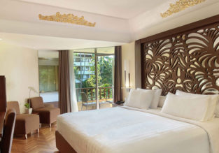 Emirates flights from Amsterdam + 7-night stay in superb 4* beach resort on Bali for €669!