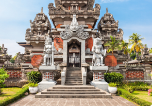 Cheap flights from London to South East Asian destinations from only £349!