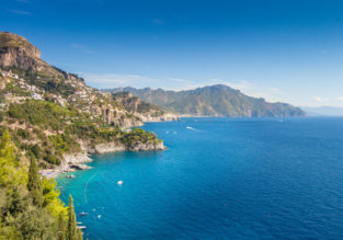 7-night stay at 4* sea view resort on the stunning Amalfi coast + flights from London for just £124!