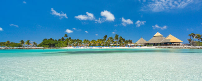 7-night B&B stay in top-rated 4* hotel with in Aruba + flights from London for £472!
