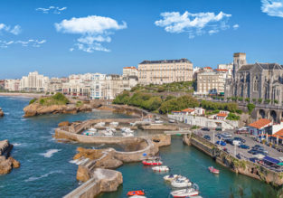 4-night stay in 4* hotel in charming Biarritz + flights from London for just £118!