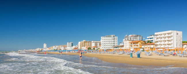 MAY: 3-night stay in well-rated beachfront hotel in Lido di Jesolo with breakfasts + flights from Stockholm for €123!