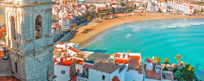 7-night stay in beachfront hotel on Spanish Mediterranean coast with breakfasts+ flights from Copenhagen for €197!