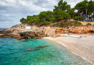 MAY: 7-night stay at beachfront apartment in Croatia + cheap flights from London for £115!