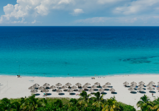 ALL INCLUSIVE! 7 nights at well-rated 4* beach hotel in Cuba + flights from Amsterdam for €495!