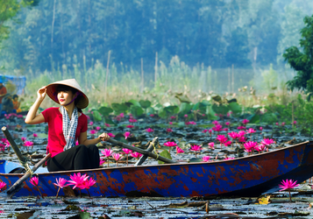Discover Vietnam! Hanoi, Ho Chi Minh, Nha Trang, Da Nang and Hue in one trip from Amsterdam for €387!