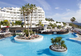 EARLY & LATE SUMMER: 4* Apartment on Tenerife for only €21.50 per person!