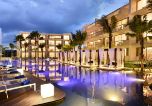 Deluxe double room of luxurious 5* Dream Phuket Resort & Spa for €35.50/ $38 per person!
