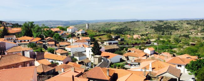 Visit splendid Douro! 7-night stay with breakfasts, car hire and flights from the UK for only £207!