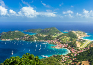 High season flights from flights from Paris to Martinique or Guadeloupe from €332!