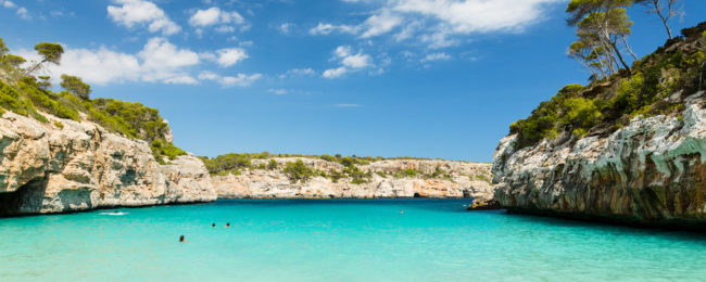Rail&Fly from Germany to Mallorca + 7-night All Inclusive stay in 4* beach resort from €303!