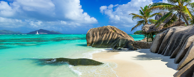 Cheap flights from Vienna to the Seychelles for only €406!