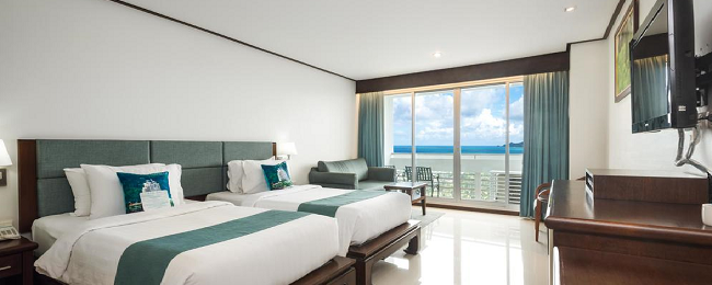 Superior double room in luxurious resort on Phuket for only €19.50/$20 per person!