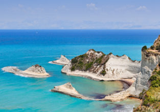 7-night stay in top-rated aparthotel in Corfu + flights from Italy for only €89!