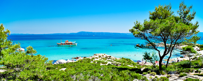 May! 7-night B&B stay in top-rated hotel in Halkidiki Peninsula, Greece + flights from Bratislava for €100!