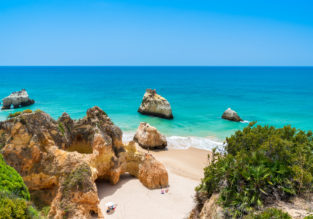 Early summer! 7 nights at well-rated guesthouse in Algarve + flights from Germany for €152!