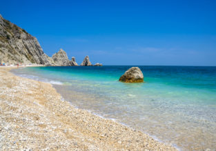 4-night stay in beachfront hotel on Italian Adriatic coast with breakfasts+ flights from Dusseldorf Weeze for just €145!