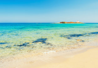 JULY! 7-night stay in top-rated sea view studio in Crete + flights from Sofia for €107!