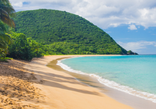 Cheap non-stop flights from Paris to Guadeloupe or Martinique from only €195!