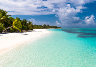Maldives getaway! 7-night B&B stay at top-rated beach hotel + flights from Skopje for €495!