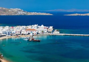 Mykonos in May! 4 nights in top-rated ocean view apartment + flights from Milan for €111!