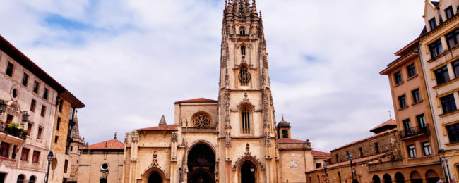 3-night stay with breakfasts in beautiful Oviedo + flights from London for just £89!