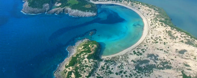 7-night stay at well-rated aparthotel in Peloponnese, Greece + car hire & cheap flights from Milan from just €128!
