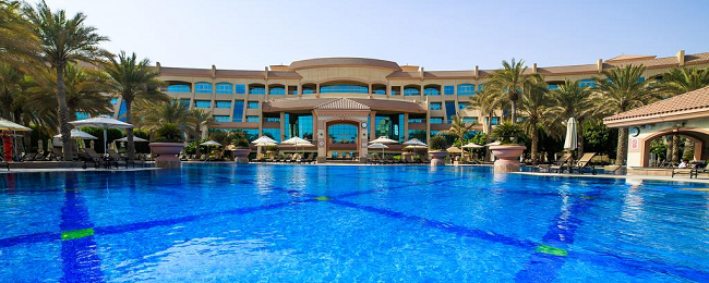 Superior double room in 5* luxury beach hotel in UAE for €30/ $33 per person!