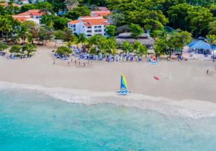 All Inclusive 7 nights at top rated 4* resort in Dominican Rep. + flights from Amsterdam for €700!