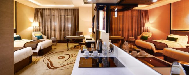 Superior suite (50 m²) at centrally located 5* hotel in Kuala Lumpur for only €38! (€19/ $21 pp)